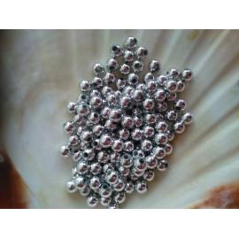 plastove perle 5mm strieborné