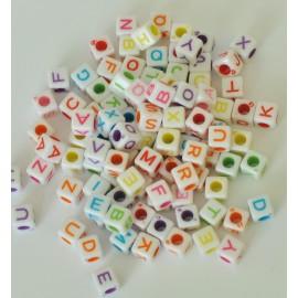 farebné písmenka kocka cca 85ks