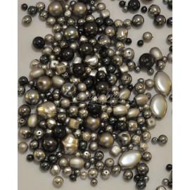sklenené perle mix farieb a tvarov šedá
